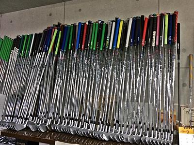 ゴルフ工房オネストの常設している試打クラブの数々