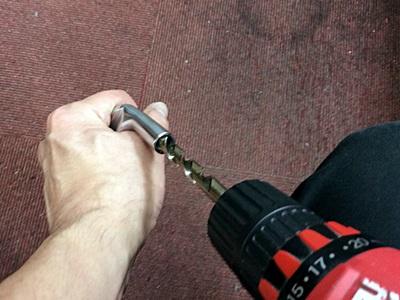 シャフトとヘッドの接続具合を微調整中,  fine tuning